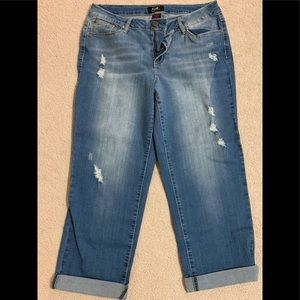 "Ladies ""Earl"" Cropped Jeans. Sz 14"